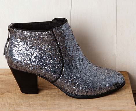 botines con glitter en Pull and Bear