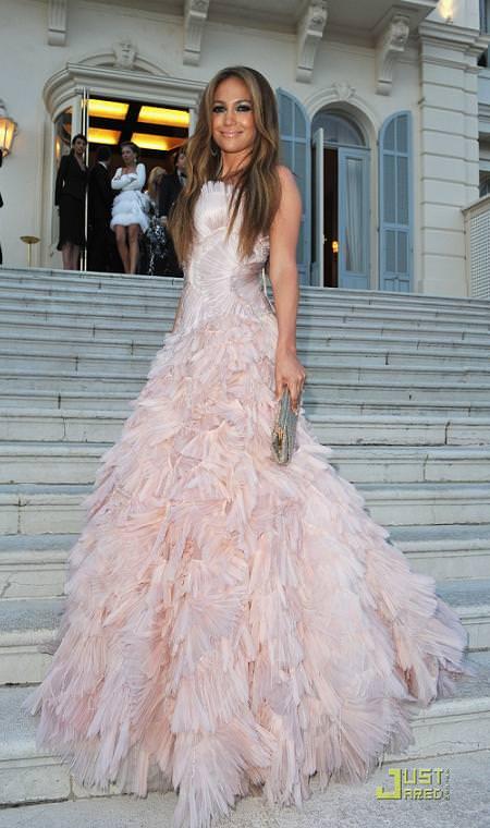 Alfombra roja de AMFAR: Jennifer Lopez
