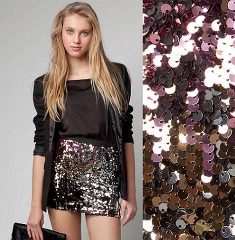 Falda negra en tienda de ropa 1 - 1 part 7