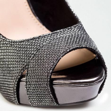 Nuevos zapatos de fiesta de Bershka
