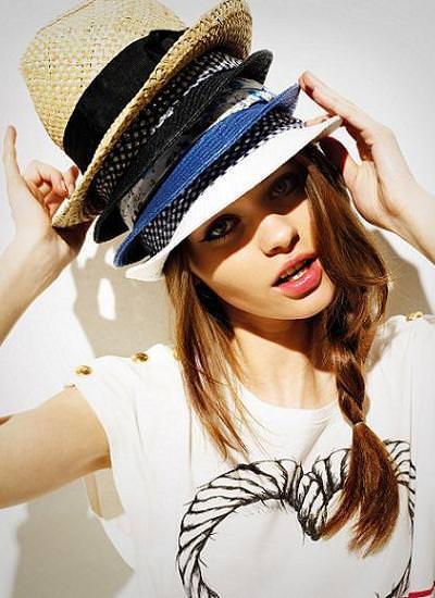 Tendencias primavera 2010: los sombreros, un accesorio muy de moda