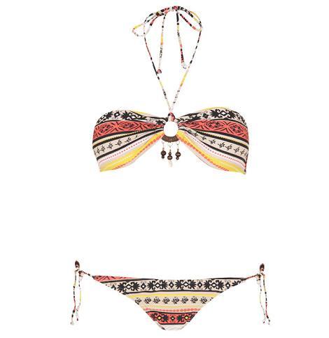 Bikinis de Blanco 2011