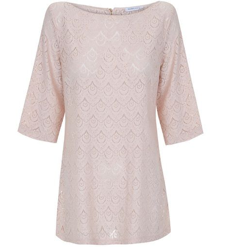tunica rosa de blanco para la primavera