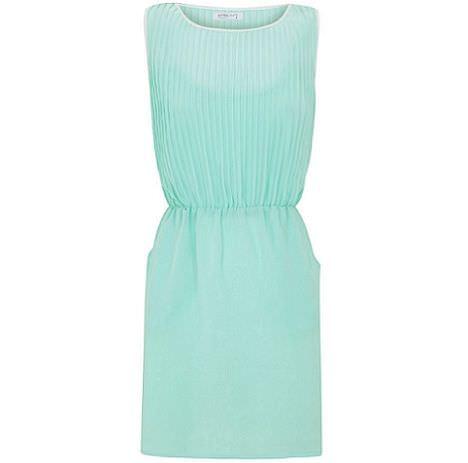 vestido verde de blanco para la primavera