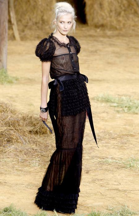 Chanel, moda primavera verano 2010