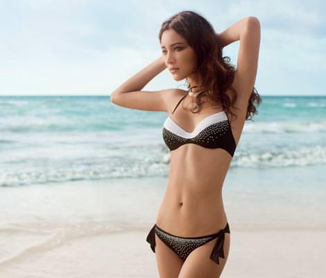 Bikinis Golden Point