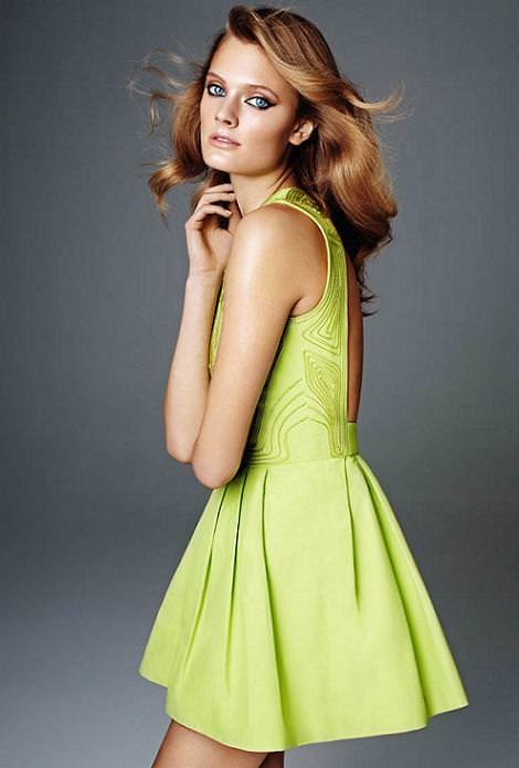 Vestidos de fiesta de H & M primavera verano 2012 corto vuelo