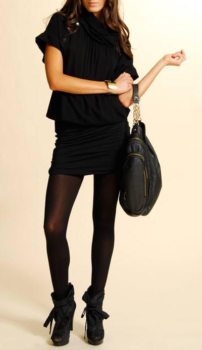 El negro predomina en la colección otoño-invierno 2009 de MNG