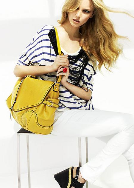 Fotos del catálogo de Mango verano 2010