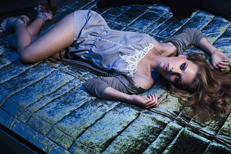 Scarlett Johansson: Mango, moda primavera verano 2010