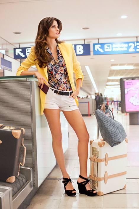 Catálogo de Mango primavera 2011: Isabeli Fontana