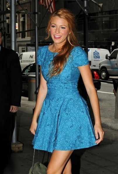 El estilo y looks de la it girl Blake Lively