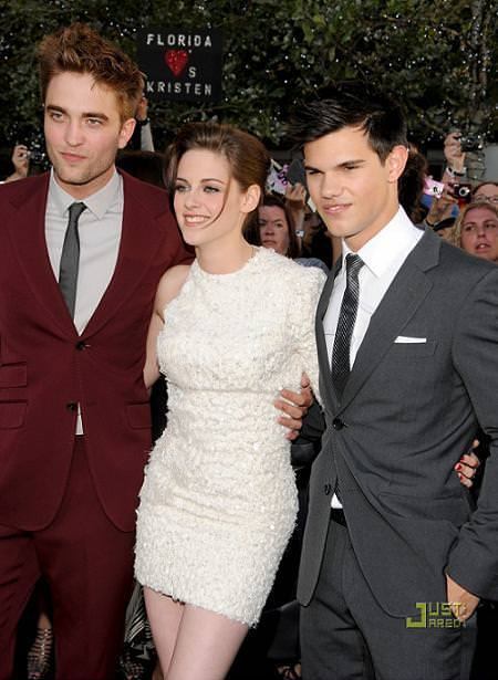Fotos del estreno de Eclipse: Kristen Steward, Robert Pattinson, Taylor Lautnet, Dakota Fanning,...