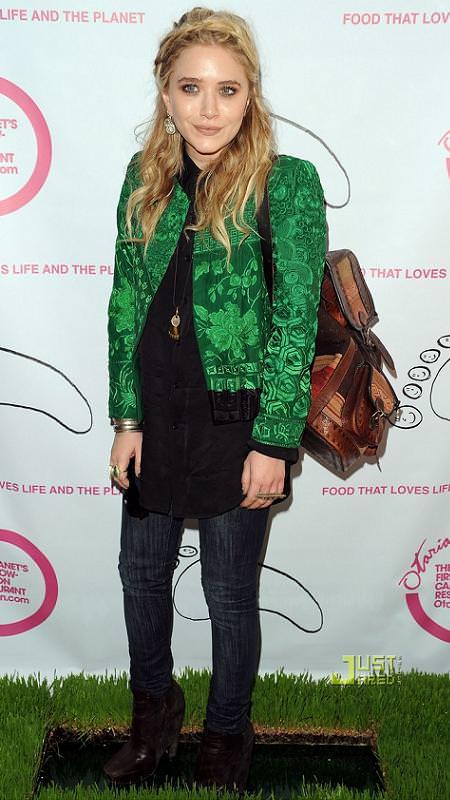 Mary Kate Olsen con mochila