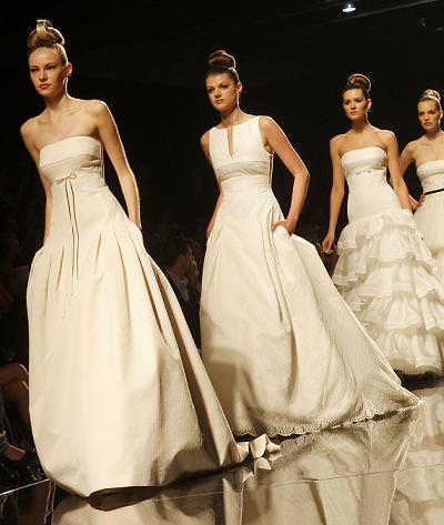 Rosa Clará 2011: Vestidos de novia