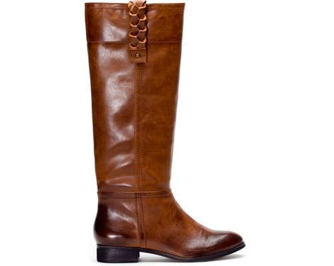 Stradivarius tiene nuevos zapatos y bolsos para el invierno