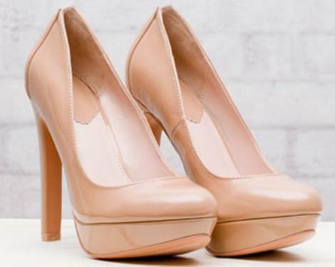 Zapatos de Stradivarius, salones