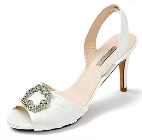 Zapatos de novia de Uterque