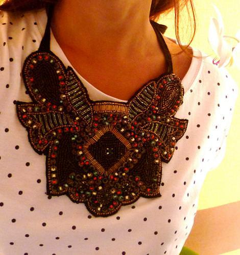 Nuevo collar babero de Zara (otoño invierno 2010 2011)
