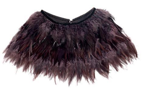 Vestidos y accesorios de plumas