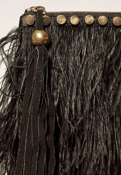 Bolso de fiesta de plumas de Zara