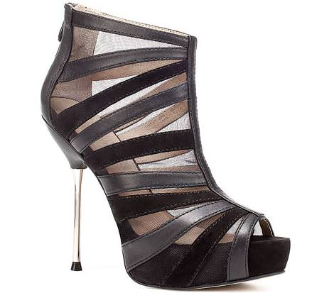 Nuevos zapatos de Zara 2011