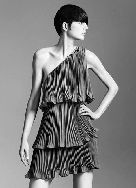 Vestido asimétrico de Zara