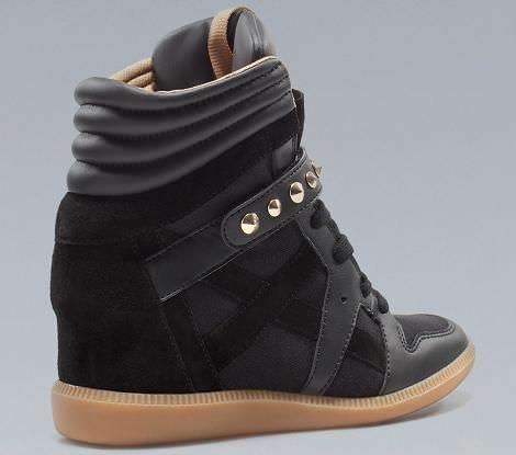 Sneakers con cuña de Zara