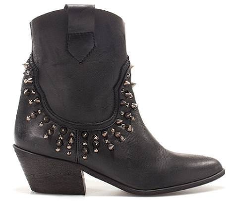 Zapatos con tachuelas de Zara