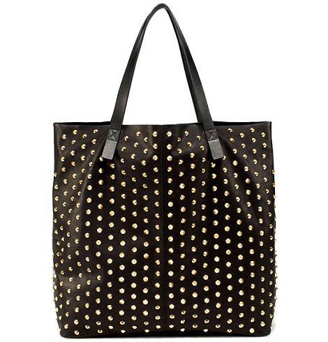 La nueva colección de Zara, bolso tachas