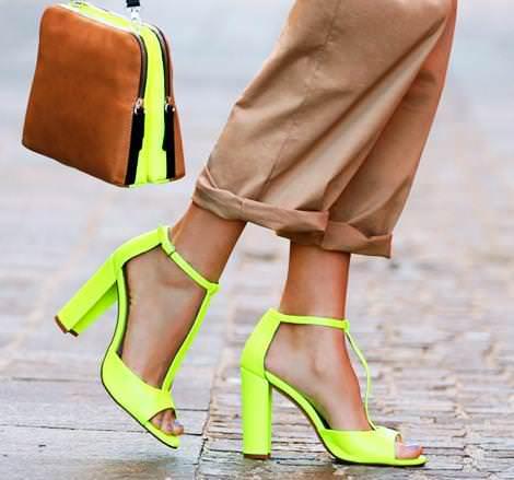 Nuevos vestidos de Zara primavera verano 2012