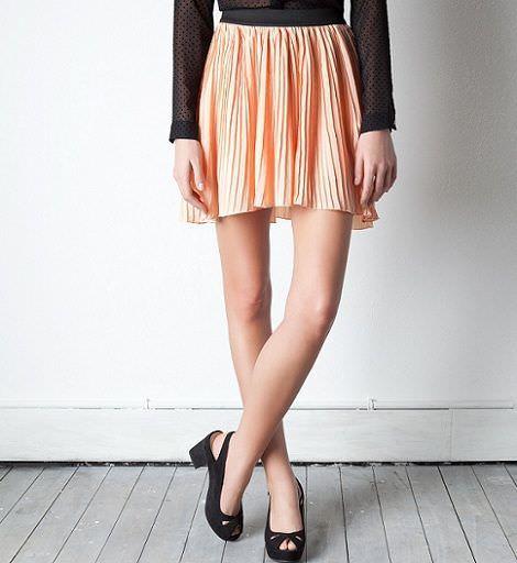 novedades de pull and bear primavera 2012 falda plisada