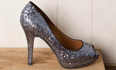 Zapatos peep toe glitter de Pull and Bear