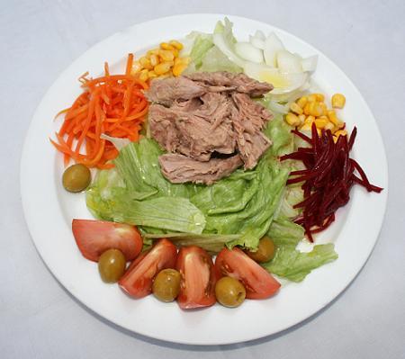 Tus ensaladas son realmente ligeras ideas para hacer - Ensaladas con pocas calorias ...