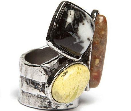 anillo de piedras de bimba&lola
